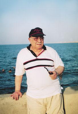 Как азербайджанка трахает онлайн | Поебушки.Ком